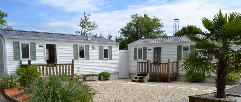 cour des bungalows